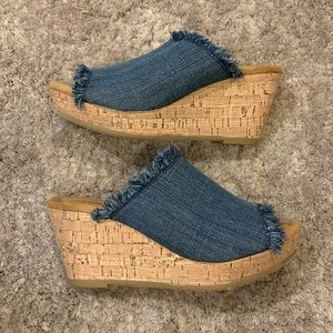Minnetonka Cork Wedge LIKE NEW!!!